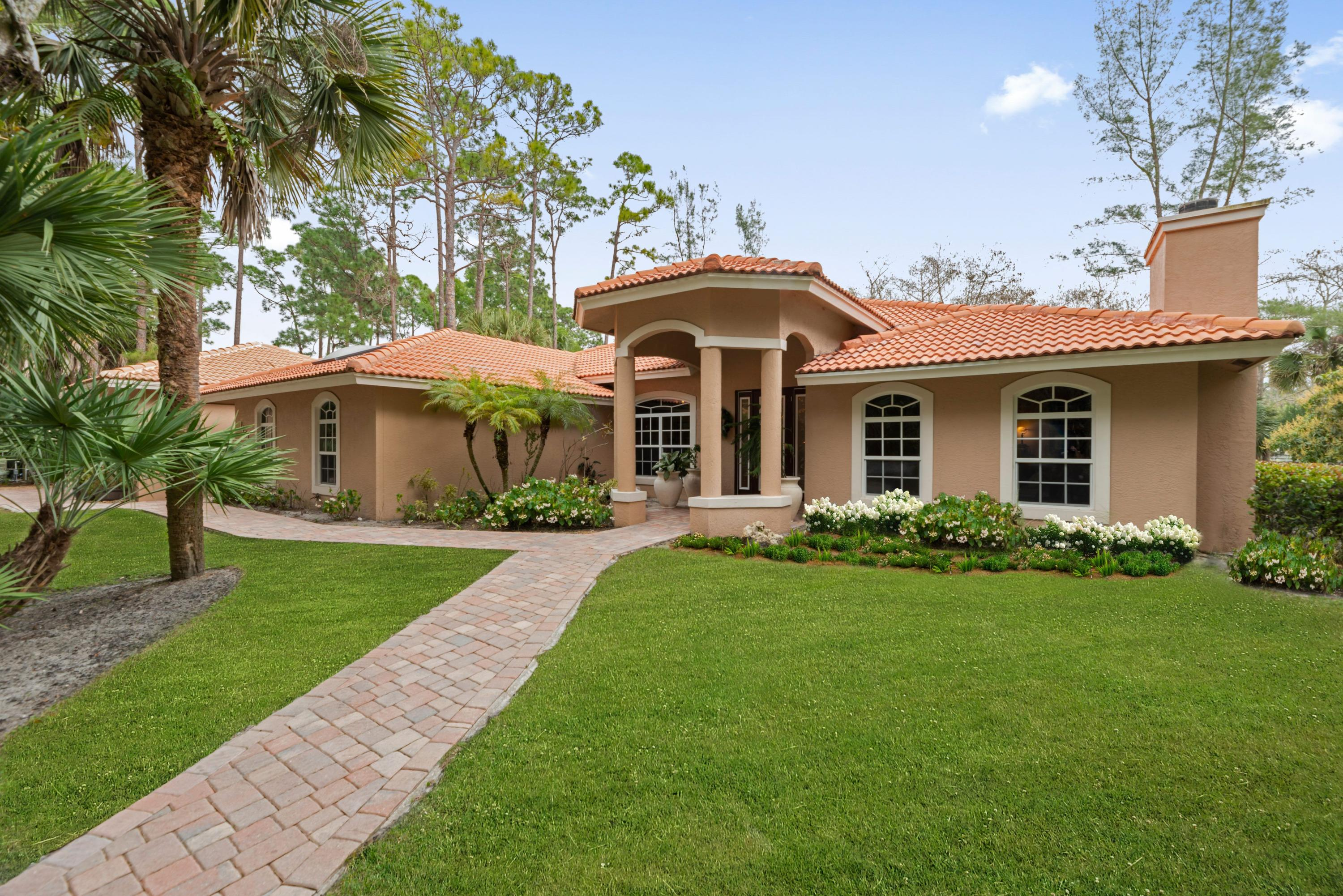 Loxahatchee, Florida 33470, 6 Bedrooms Bedrooms, ,5 BathroomsBathrooms,Residential,For Sale,Clydesdale,RX-10593442