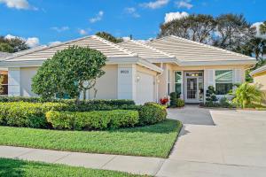 8623 Wakefield Drive, Palm Beach Gardens, FL 33410