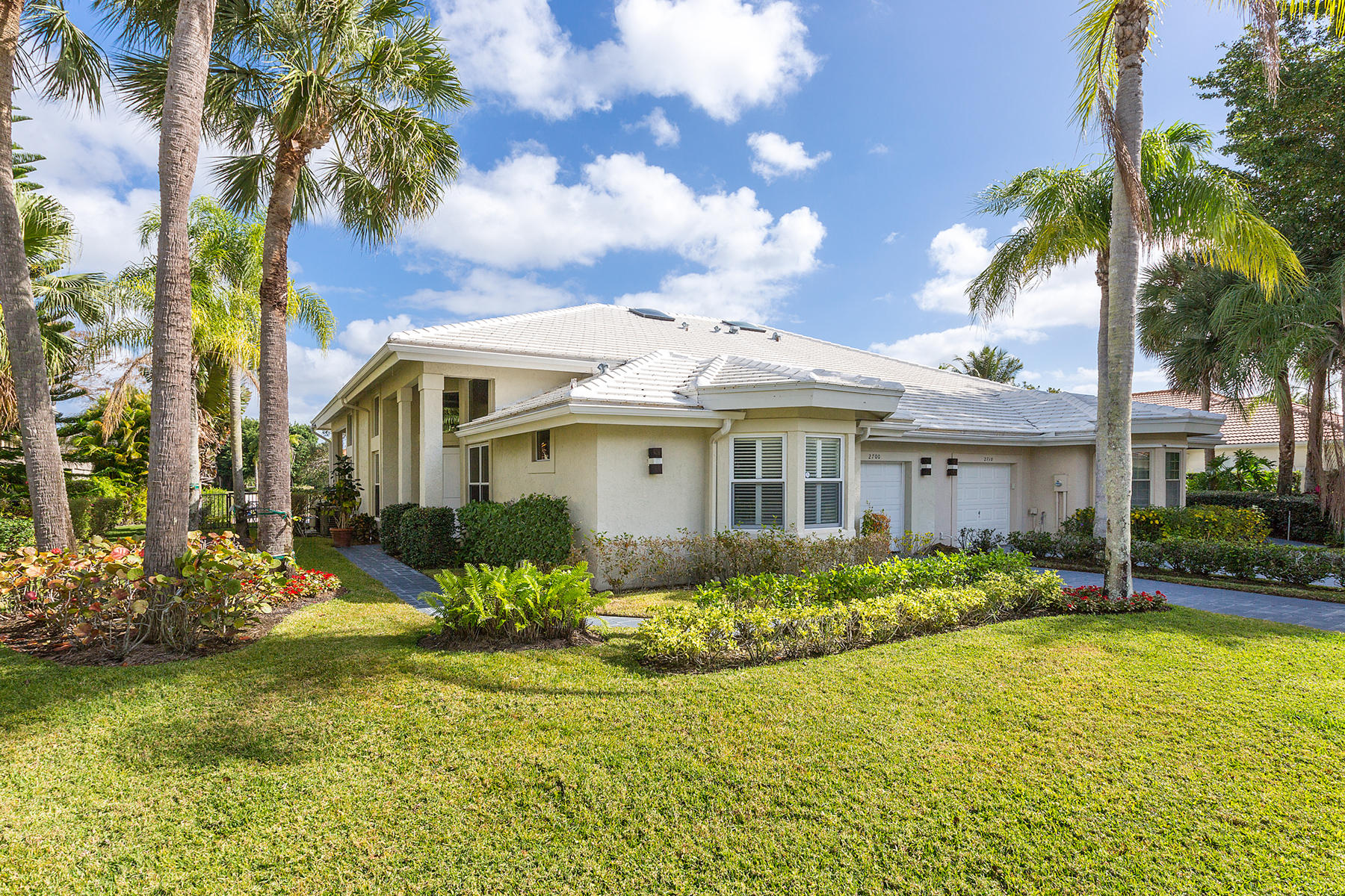 2700 Twin Oaks Way, Wellington, Florida 33414, 2 Bedrooms Bedrooms, ,2.1 BathroomsBathrooms,Villa,For Sale,Palm Beach Polo,Twin Oaks,RX-10594000
