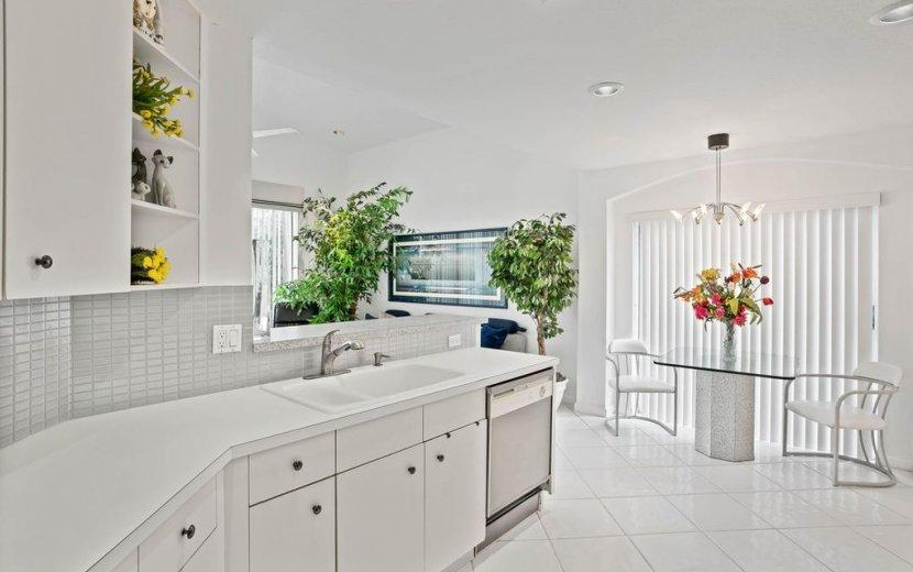 Image 6 For 6462 Colomera Drive