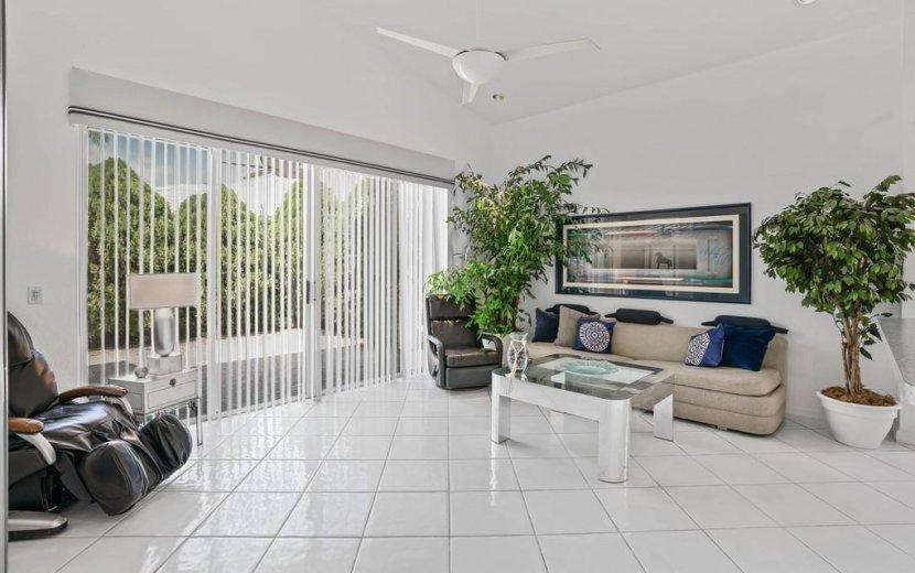 Image 12 For 6462 Colomera Drive