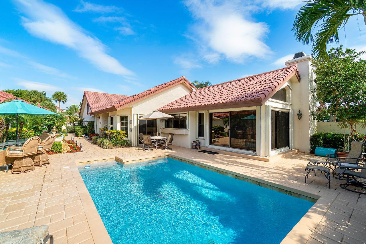 21772 Club Villa Terrace