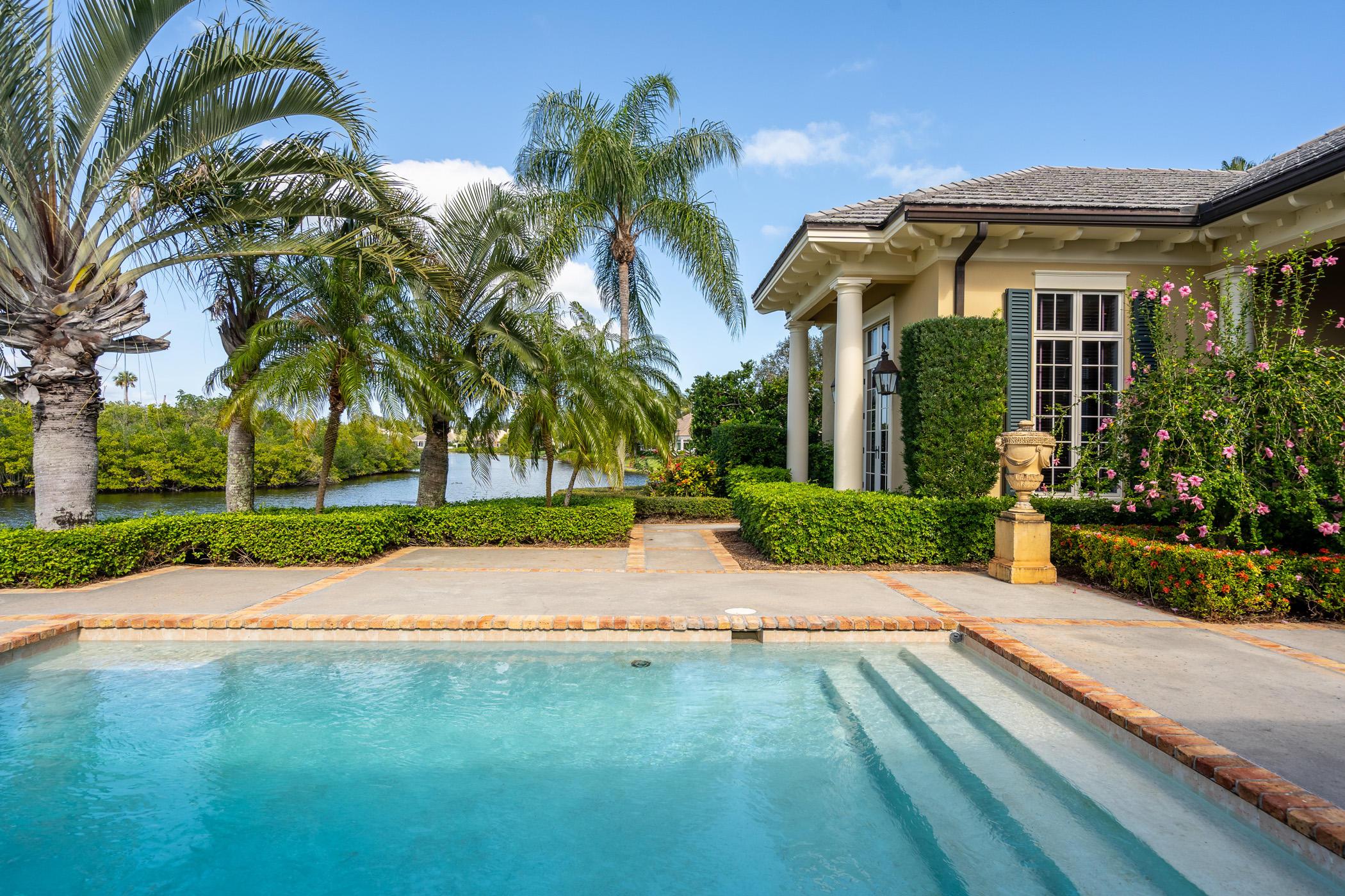 Details for 533 White Pelican Circle, Vero Beach, FL 32963