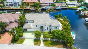 Property for sale at 2330 NE 31 Court, Lighthouse Point,  Florida 33064