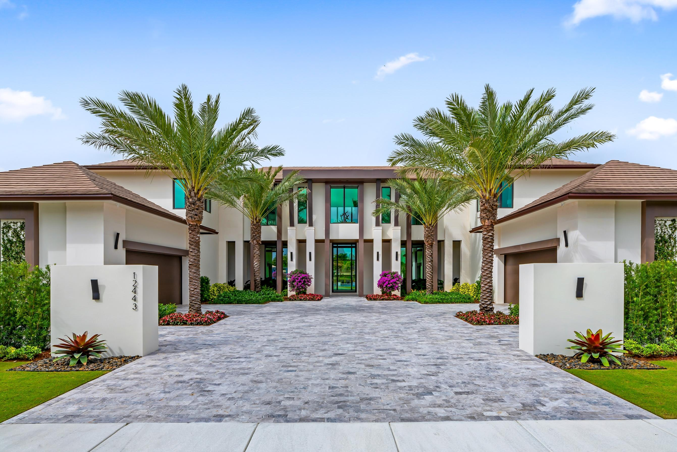 Wellington, Florida 33414, 5 Bedrooms Bedrooms, ,6 BathroomsBathrooms,Residential,For Sale,Cypress Island,RX-10504849