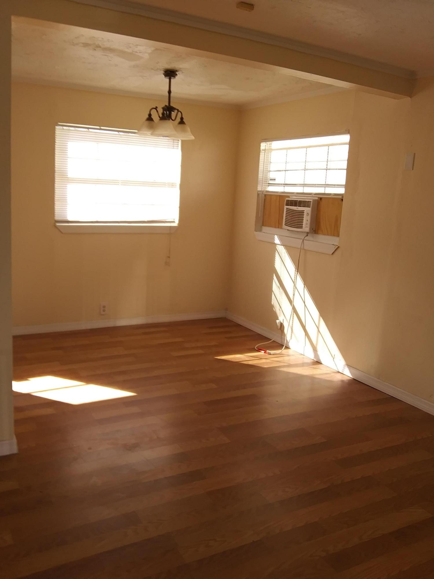 Image 3 For 1425 30th St Street W