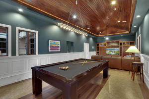 Family Room/Pool Table