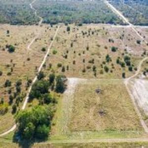 Property for sale at 1055 Lake Josephine Drive, Sebring,  Florida 33875