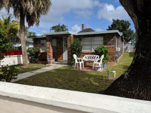 122 2nd Street, West Palm Beach, FL 33413