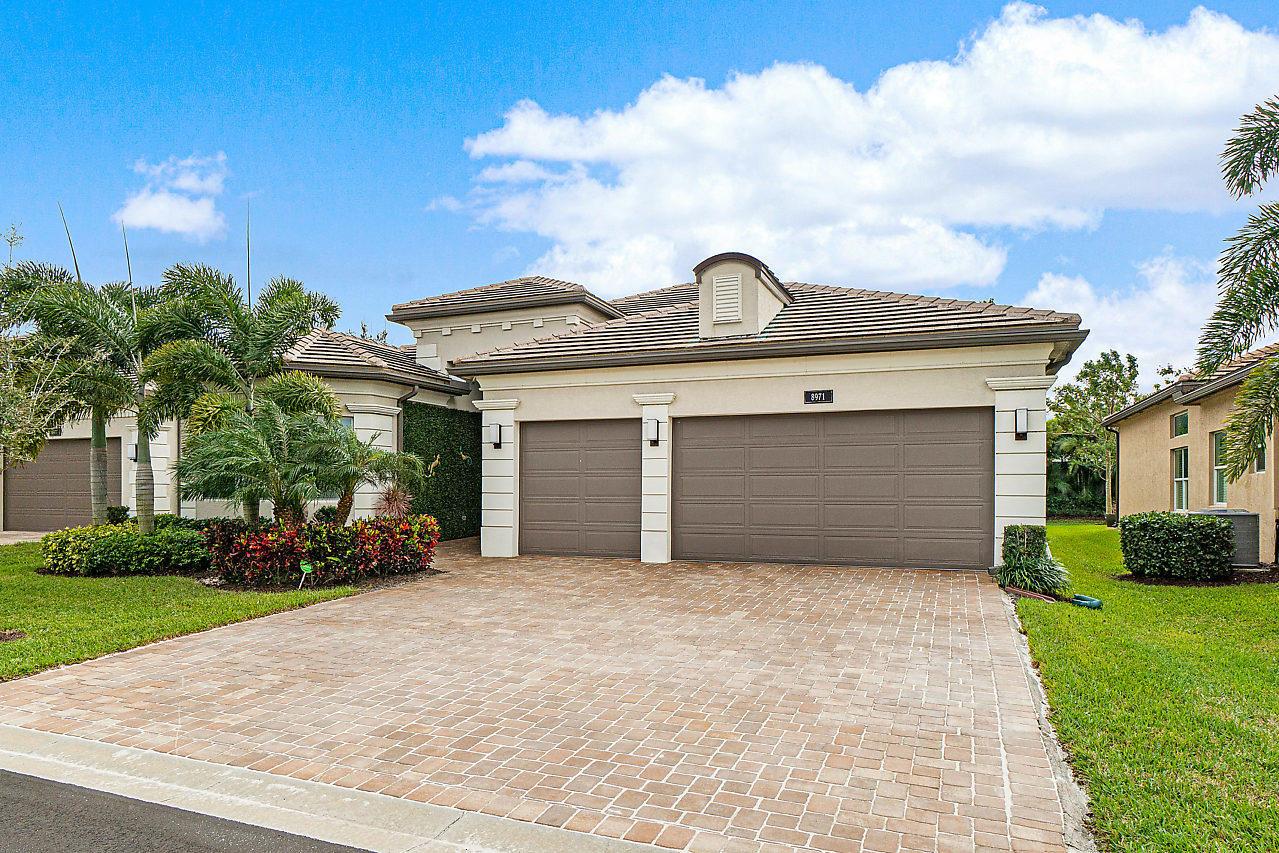 8971 Golden Mountain Circle  Boynton Beach FL 33473