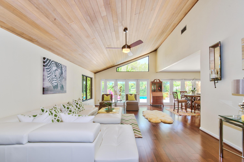 Wellington, Florida 33414, 3 Bedrooms Bedrooms, ,3 BathroomsBathrooms,Residential,For Sale,Windsor Way,RX-10595268