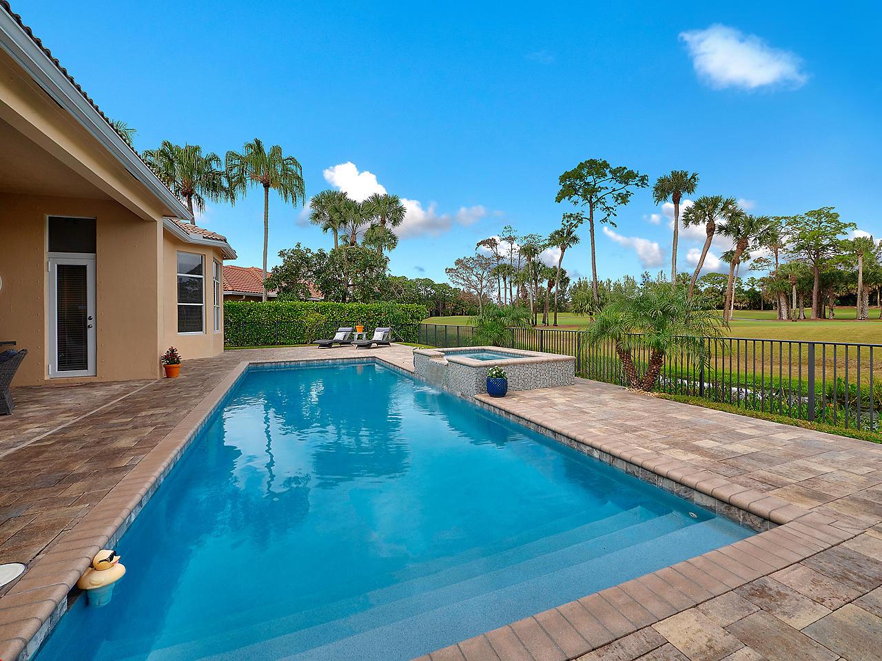 8460 Ironhorse Court West Palm Beach, FL 33412