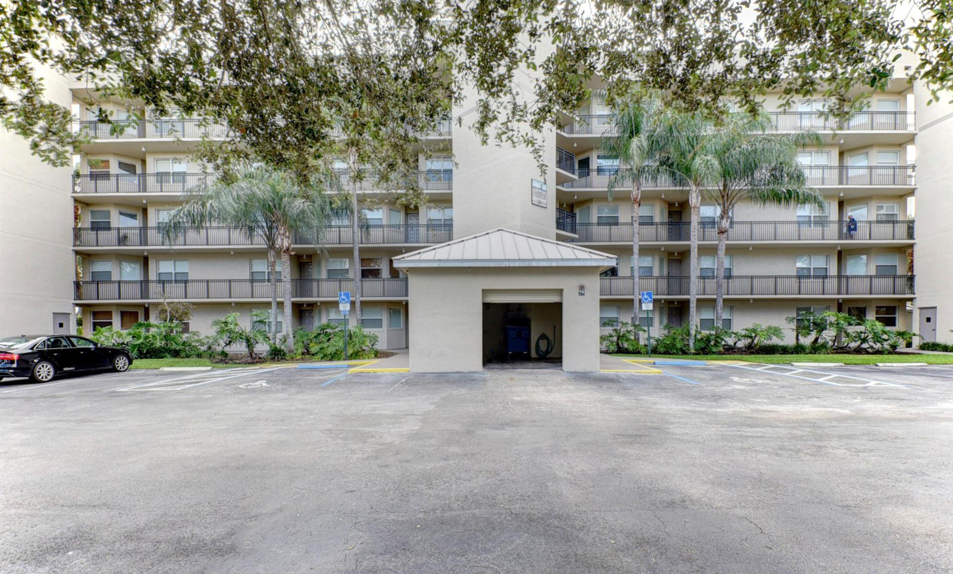 26 Royal Palm Way #404 Boca Raton, FL 33432