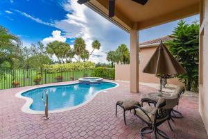 8119 Valhalla Drive, Delray Beach, FL 33446