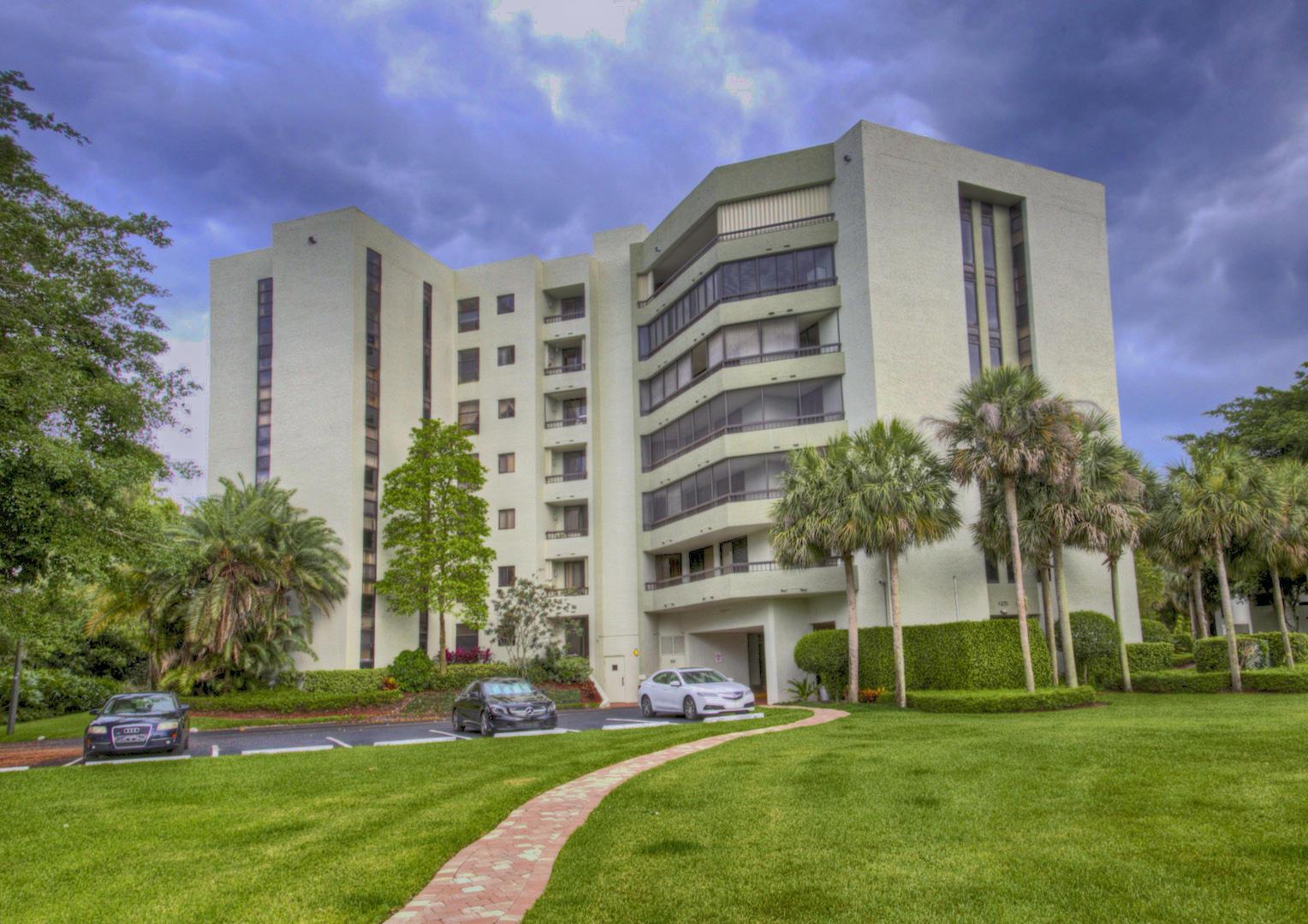 6372 La Costa Drive #306 Boca Raton, FL 33433