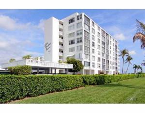 301 Lake Shore Drive, 103, Lake Park, FL 33403
