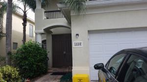 1224 Rosegate Boulevard, Riviera Beach, FL 33404