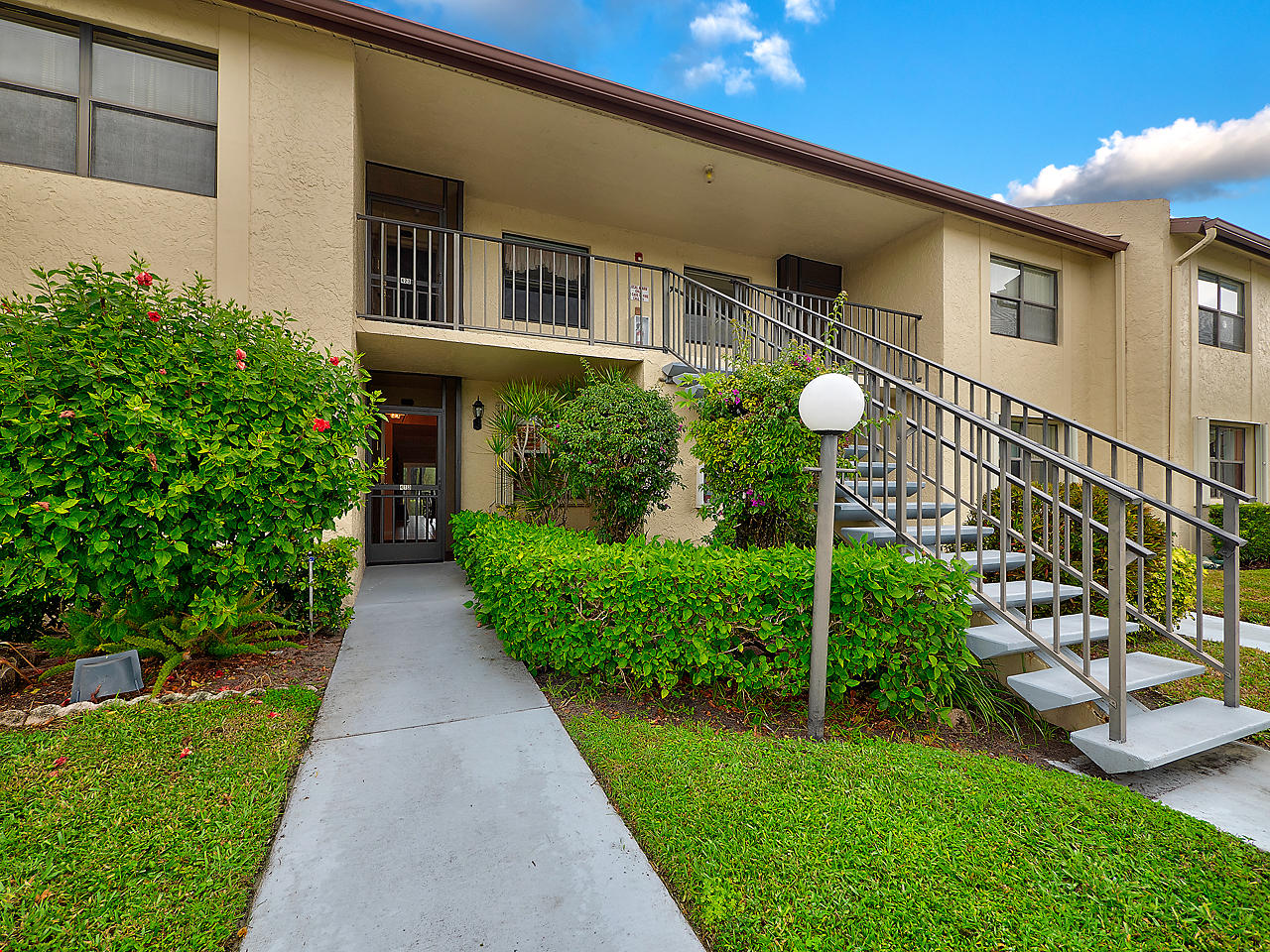 Photo of 7819 Willow Spring Drive #413, Lake Worth, FL 33467