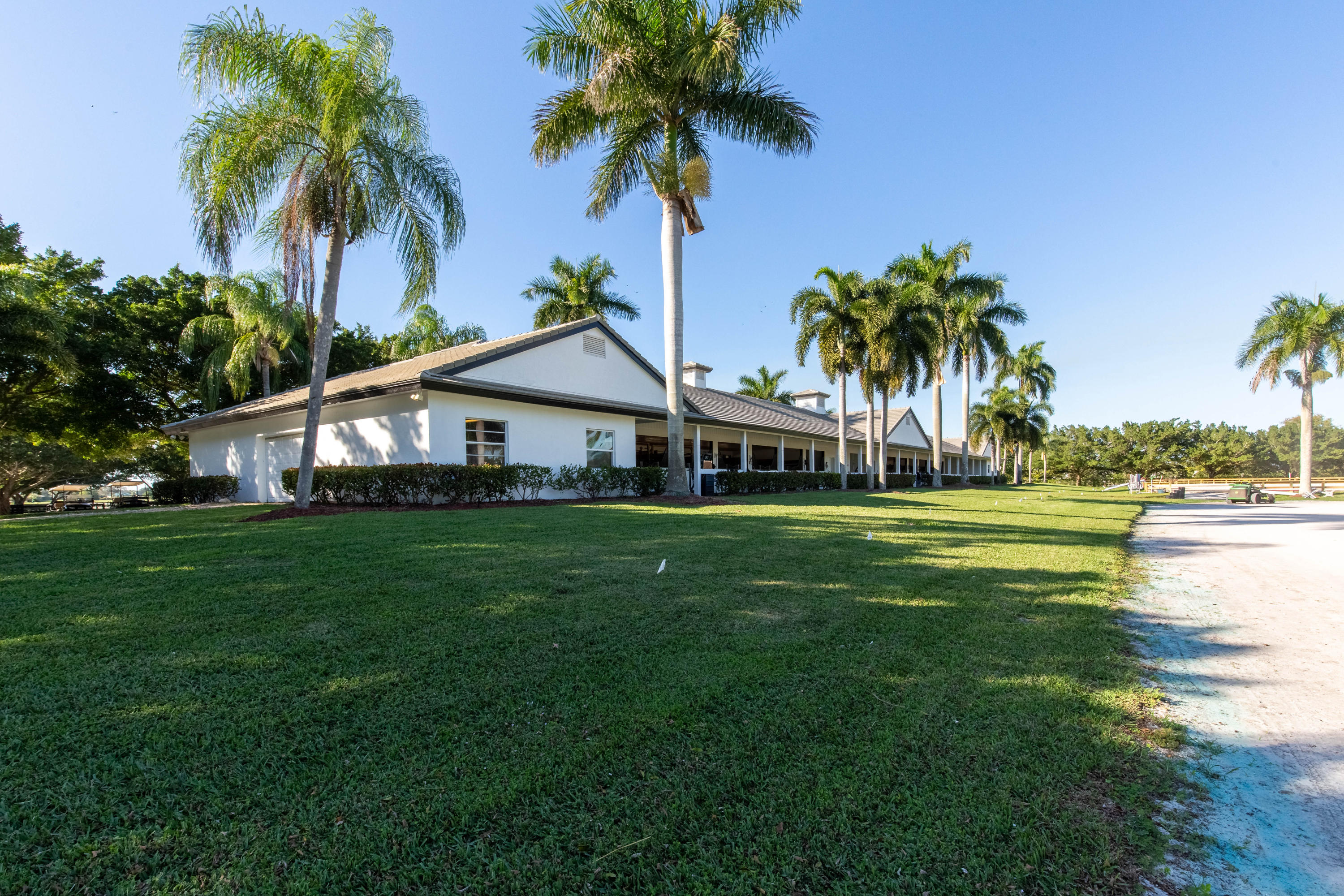 Wellington, Florida 33414, 3 Bedrooms Bedrooms, ,3 BathroomsBathrooms,Residential,For Sale,South,RX-10541332