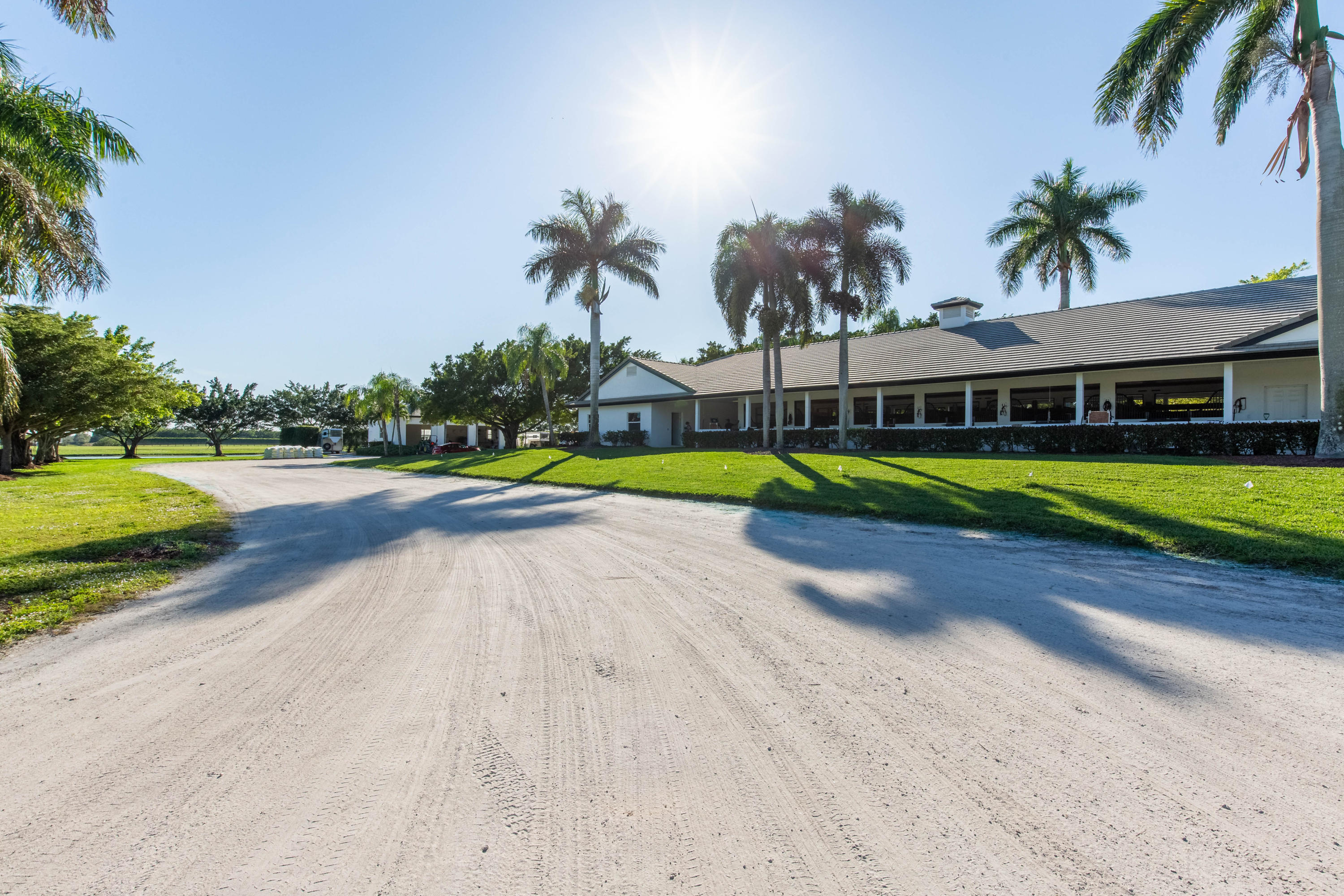 4381 South Road, Wellington, Florida 33414, 3 Bedrooms Bedrooms, ,3.1 BathroomsBathrooms,Single Family,For Sale,South,RX-10541332