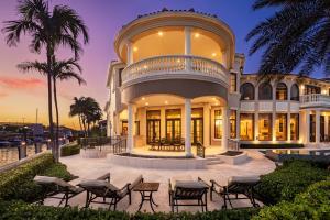 898 Glouchester Street Boca Raton FL 33487