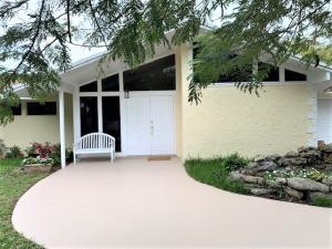 371 Bishop Drive, Delray Beach, FL 33445