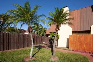 3506 E Gardens East Drive, B, Palm Beach Gardens, FL 33410