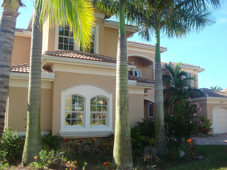 8757  Baystone Cove   For Sale 10596421, FL