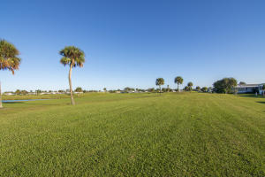 1117 Barefoot Circle Barefoot Bay FL 32976