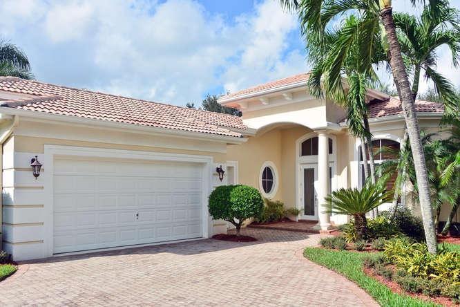 7837 Villa D Este Way