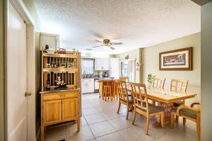 9036 Pine Springs Drive Boca Raton FL 33428