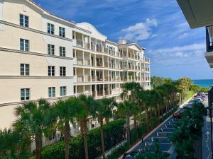 145 Ocean Avenue, 403, Palm Beach Shores, FL 33404