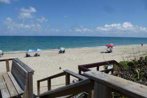 5530 N Ocean Boulevard, 215, Ocean Ridge, FL 33435