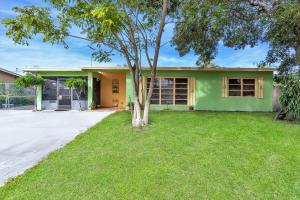 1315 W Pine Street, Lantana, FL 33462