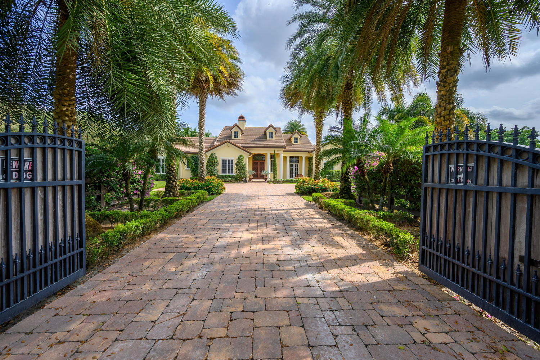 Wellington, Florida 33414, 6 Bedrooms Bedrooms, ,7 BathroomsBathrooms,Residential,For Sale,Appaloosa,RX-10598215