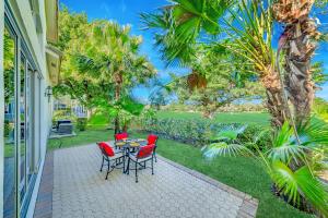 7669 La Corniche Circle Boca Raton FL 33433
