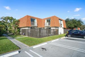 2148 White Pine Circle, D, Greenacres, FL 33415