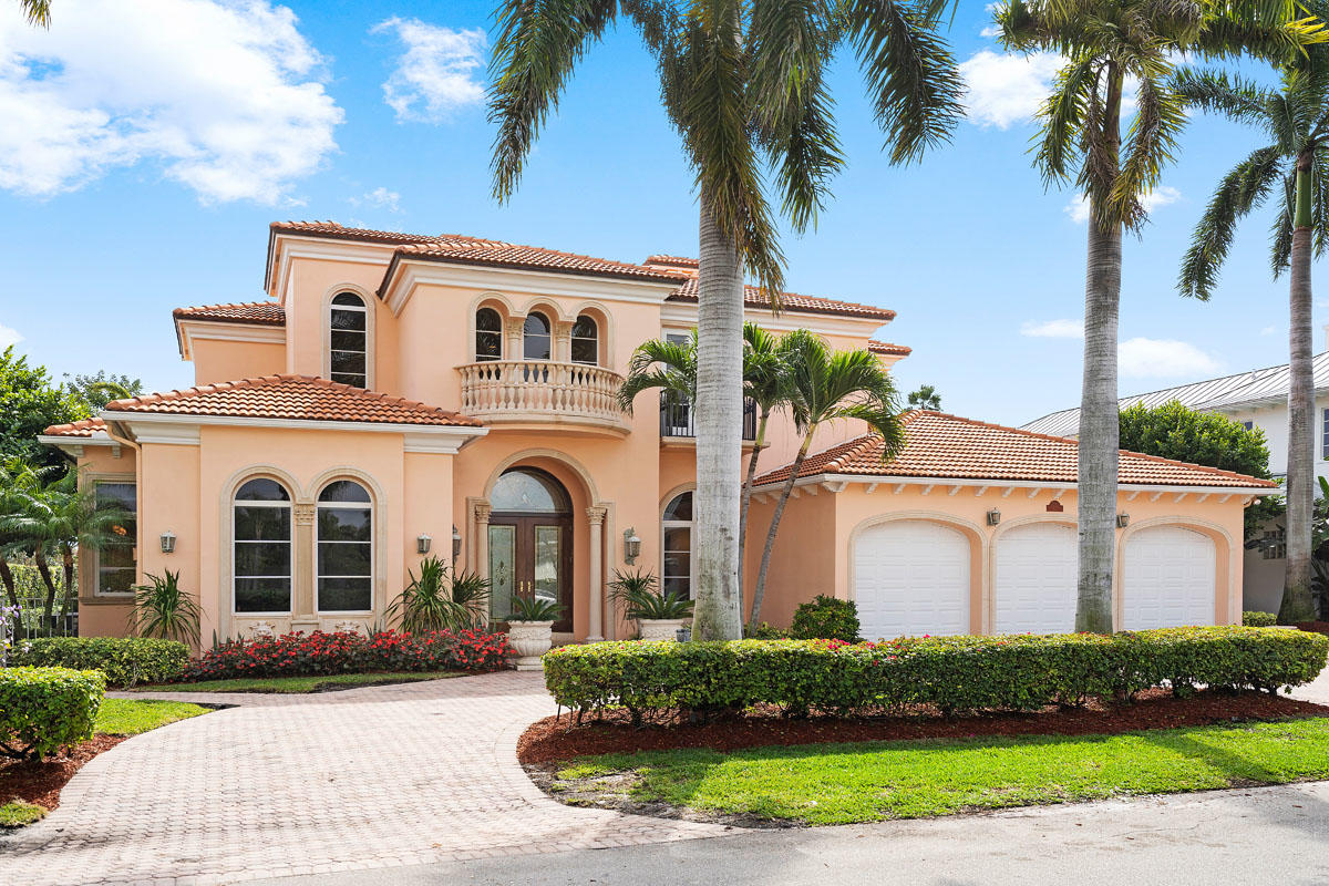 1260  Thatch Palm Drive gallery image #1