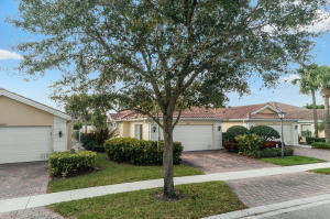 8270 St Johns Court, Wellington, FL 33414