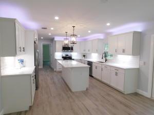 Brand new kitchen with quartz counters