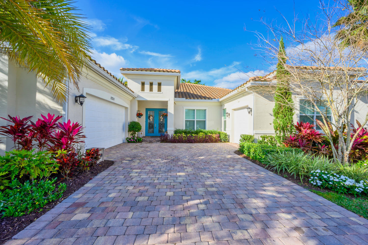 Wellington, Florida 33414, 4 Bedrooms Bedrooms, ,4 BathroomsBathrooms,Residential,For Sale,Sunnydale,RX-10558986