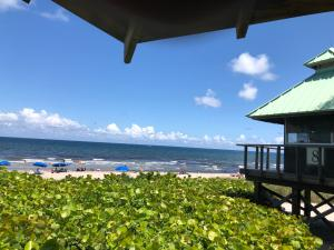 17317 Boca Club Blvd Boca Raton FL 33487