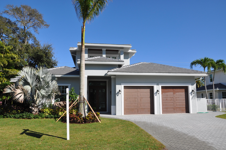 2500 Estates Drive #1 North Palm Beach, FL 33408