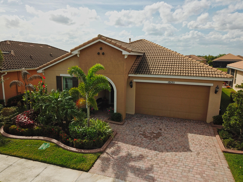 10125 SW Fernwood Avenue Port Saint Lucie, FL 34987