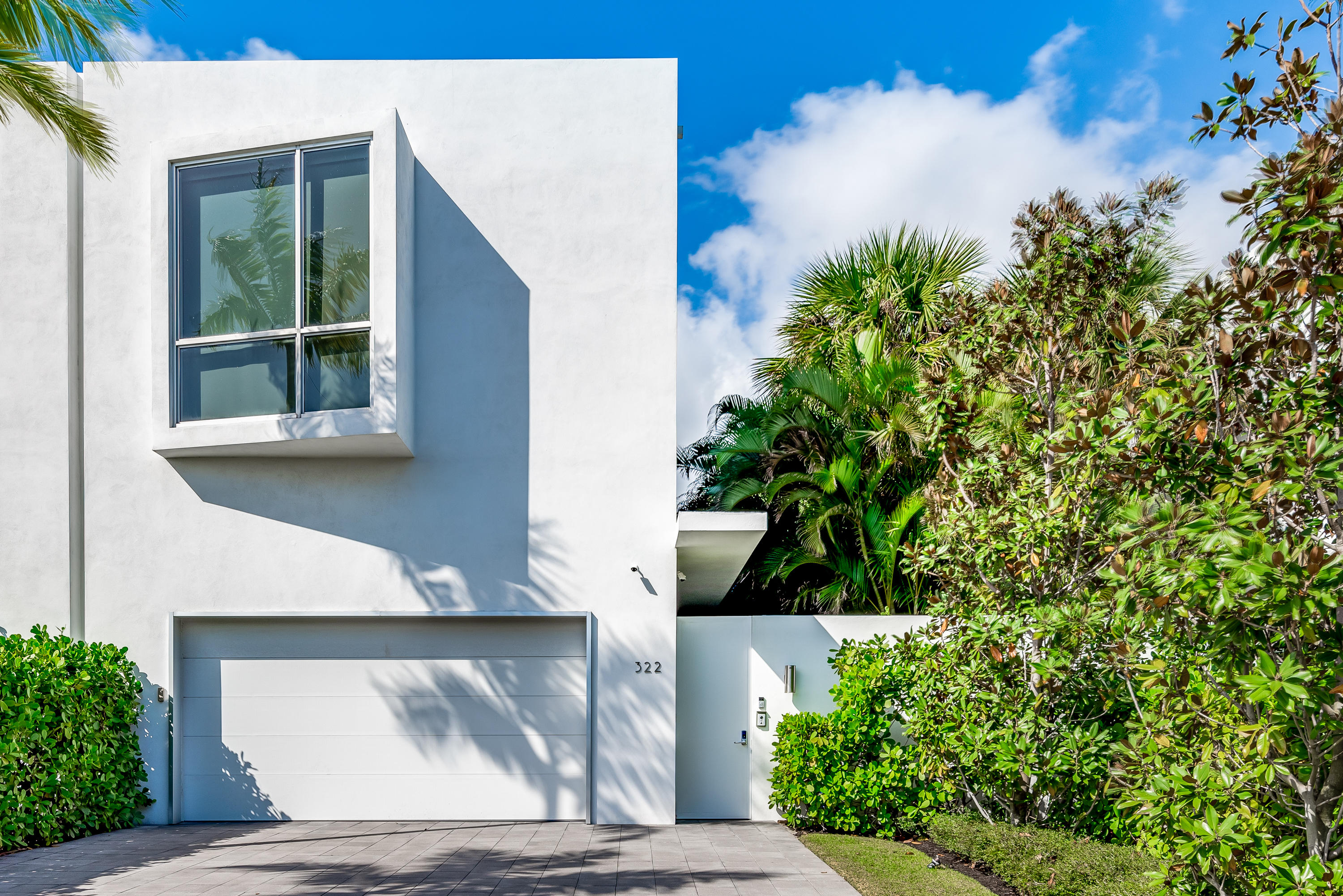 322 NE 7TH Avenue Delray Beach, FL 33483