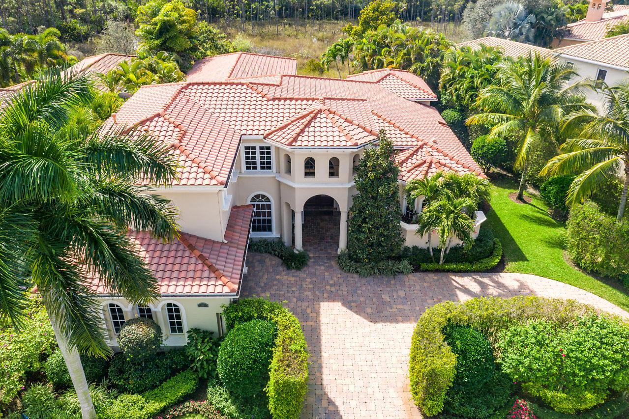 147 Remo Place Palm Beach Gardens, FL 33418