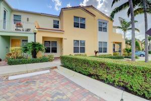 1565 Nw 49th Lane Boca Raton FL 33431