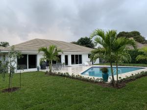 252 N Country Club Drive Atlantis FL 33462