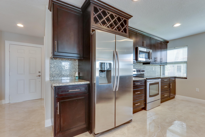 6646 Villa Sonrisa Drive #520 Boca Raton, FL 33433