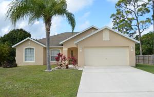 475 SW Saginaw Avenue, Port Saint Lucie, FL 34953